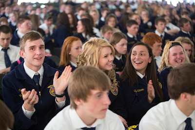 FFA Students smiling and applauding